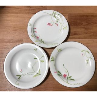 ニナリッチ(NINA RICCI)のNINA RICCI ニナリッチ Sangoサンゴ 花柄 プレート皿3枚セット(食器)