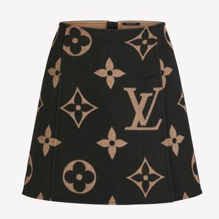 ルイヴィトン(LOUIS VUITTON)のジャイアントモノグラムAラインミニスカート(ひざ丈スカート)