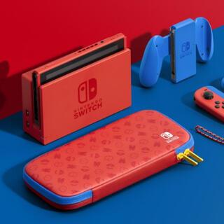ニンテンドースイッチ(Nintendo Switch)の任天堂 Switch 本体 マリオレッド × ブルー セット(家庭用ゲーム機本体)