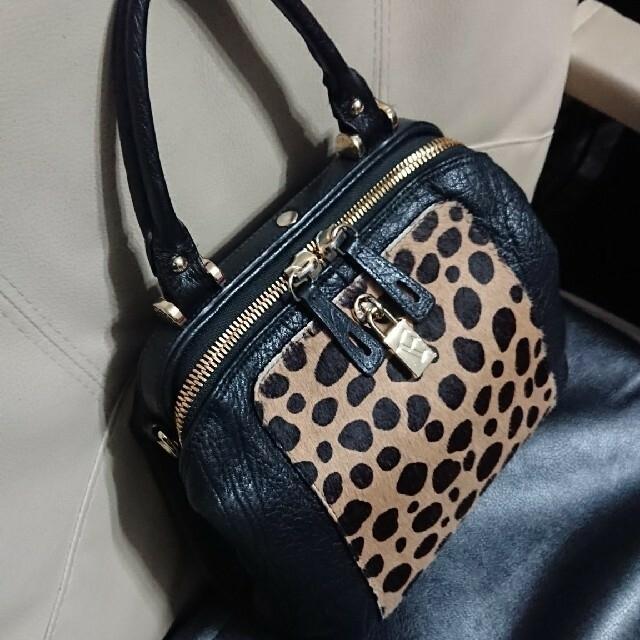 Furla(フルラ)の【FURLA フルラ】本革レザー×ハラコ★バッグ レディースのバッグ(ショルダーバッグ)の商品写真