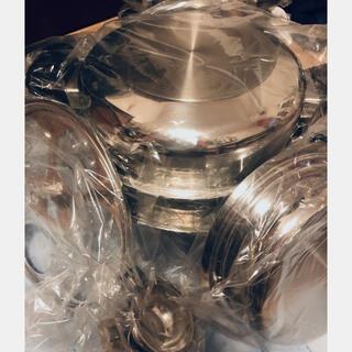 アムウェイ(Amway)の【3/3迄】アムウェイクイーンクックウェア 6Lシチューパンセット 新品未使用(鍋/フライパン)
