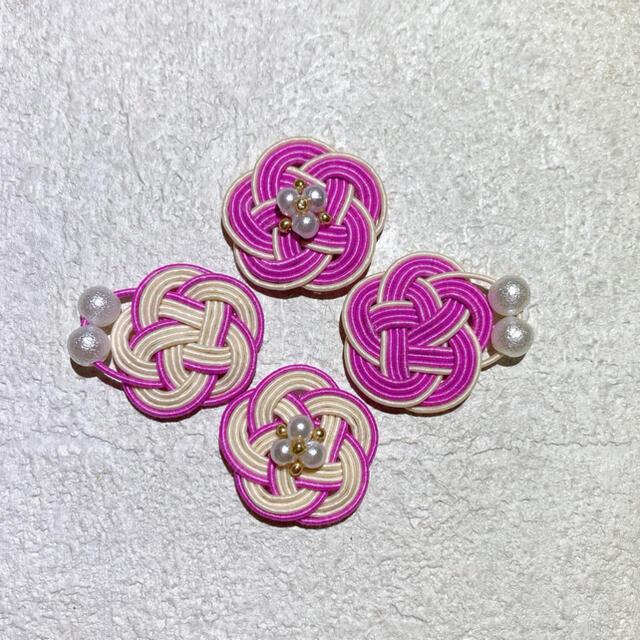 ピンク×ホワイト3連パールピアス ハンドメイドのアクセサリー(ピアス)の商品写真
