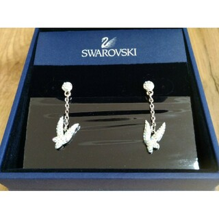 SWAROVSKI - 【美品】スワロフスキー  ピアス  ティンカーベル 正規品