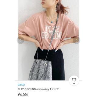 ジェイダ(GYDA)のGYDA PLAY GROUND embroidery Tシャツ(Tシャツ/カットソー(半袖/袖なし))