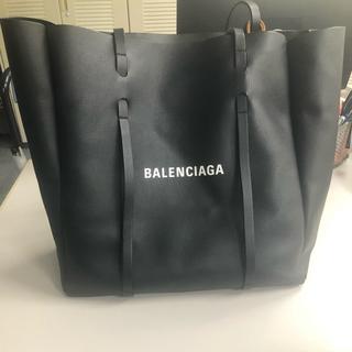 Balenciaga - バレンシアガ  エブリデイトートバッグ Mサイズ
