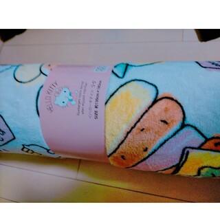 サンリオ(サンリオ)のかわいい、サンリオキティーちゃんのラグ カーペット 新品未使用(ラグ)