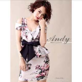 Andy - アンディ キャバクラ ドレス キャバドレス オフショル 花柄 フラワー ペプラム