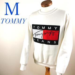 トミー(TOMMY)のトミー ジーンズ TOMMY JEANS ホワイト 白 トレーナー 春コーデ(スウェット)