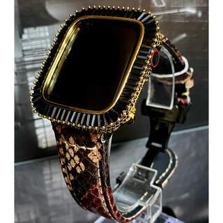アップルウォッチカスタムカバーベルトセット ゴールドブラックメガバケットパイソン(腕時計(デジタル))