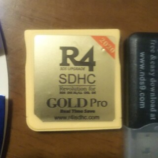 R4GOLDpro R4 Revolution for DS r4ds(携帯用ゲームソフト)