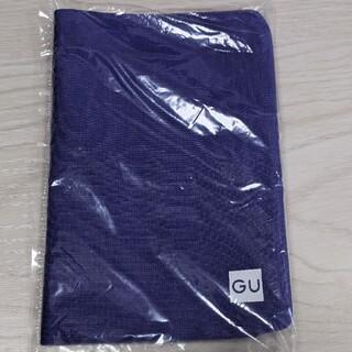 ジーユー(GU)のGU ジーユー マスクケース マスク入れ 非売品 パープル 紫 ノベルティ 特典(日用品/生活雑貨)