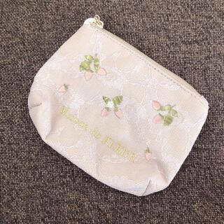 Maison de FLEUR - Maison de FLEUR ♡ いちご刺繍 ミニポーチ
