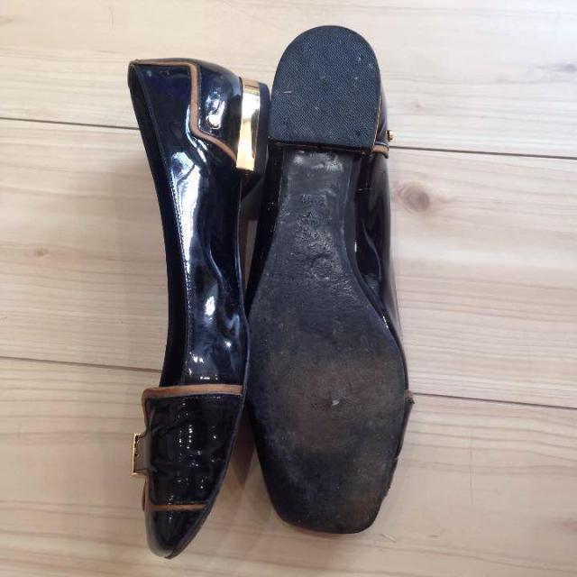 Tory Burch(トリーバーチ)のトリーバーチ エナメルパンプス レディースの靴/シューズ(バレエシューズ)の商品写真