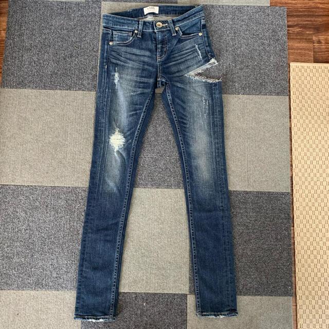 GYDA(ジェイダ)のH様専用 GYDA SIDE RIPPEDスキニーデニムパンツ レディースのパンツ(デニム/ジーンズ)の商品写真