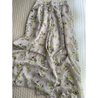 ダブルクローゼット(w closet)の花柄スカート(ロングスカート)