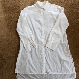ジーユー(GU)のシャツワンピース 白シャツ GU Mサイズ レディース 美品(シャツ/ブラウス(長袖/七分))