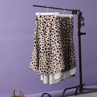 rienda - 新品 rienda バックフレアレオパードスカート