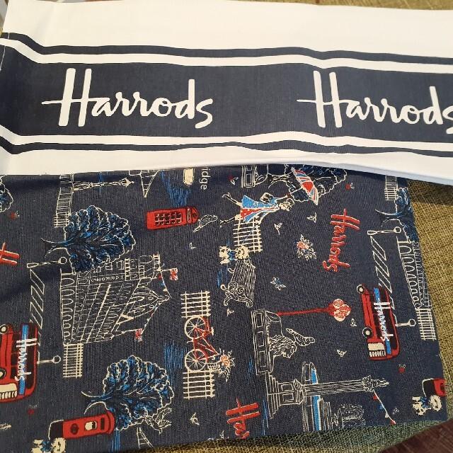 Harrods(ハロッズ)のHarrods ハロッズ ティータオル 2枚セット インテリア/住まい/日用品のキッチン/食器(テーブル用品)の商品写真