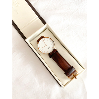 ダニエルウェリントン(Daniel Wellington)のお値下げ中!早い者勝ち💍 DANIEL WELLINGTON の時計 36mm(腕時計)