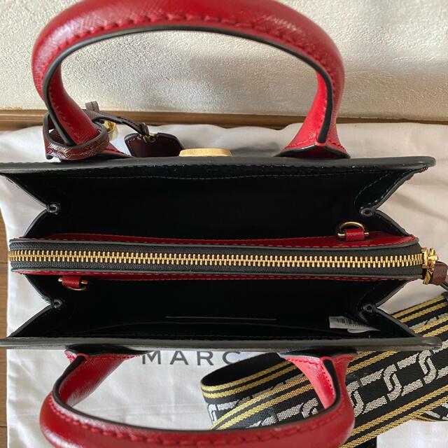 MARC JACOBS(マークジェイコブス)のMARK JACOBSバッグLITTLE BIG SHOT黒✖赤 レディースのバッグ(ハンドバッグ)の商品写真