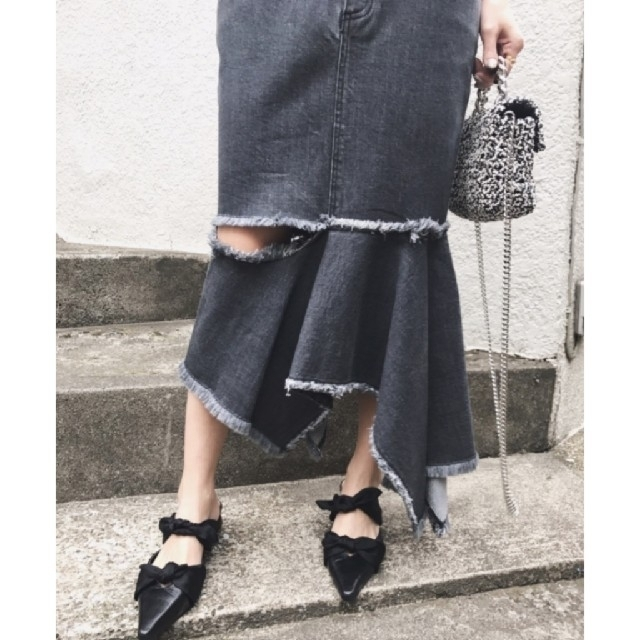 Ameri VINTAGE(アメリヴィンテージ)のAmeri【未使用品】デニム ジグザグ スカート レディースのスカート(ロングスカート)の商品写真