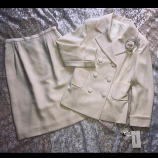 オリゾンティー(ORIZZONTI)の☆日本製☆上品スーツ(コサージュ付き)オリゾンティ(スーツ)