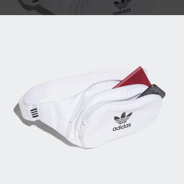 adidas(アディダス)のadidas 斜めかけバック レディースのバッグ(ショルダーバッグ)の商品写真