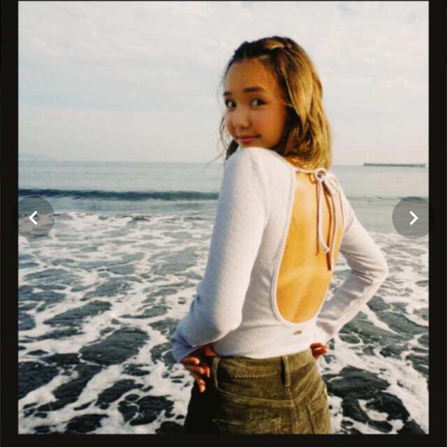 Roxy(ロキシー)のroxy baby kiy ブルー バックオープンリブトップス レディースのトップス(Tシャツ(長袖/七分))の商品写真