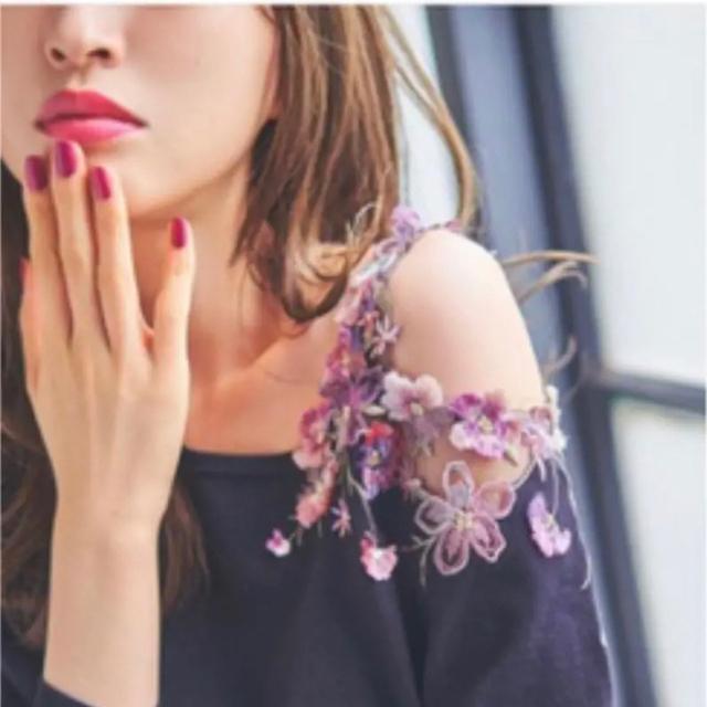 WILLSELECTION(ウィルセレクション)の【新品未使用♡】刺繍ワンショルニット❤︎ レディースのトップス(ニット/セーター)の商品写真