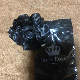 Justin Davis - ジャスティンデイビス 黒薔薇ブローチ