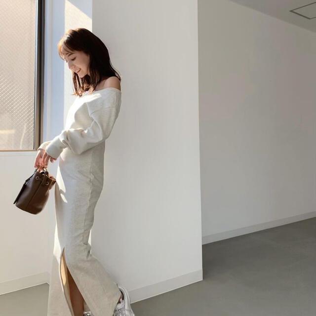 TODAYFUL(トゥデイフル)のlouren SWEAT SLIT ONEPIECE レディースのワンピース(ロングワンピース/マキシワンピース)の商品写真