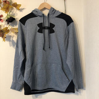 UNDER ARMOUR - UNDER ARMOUR ジャージ素材ロゴパーカー