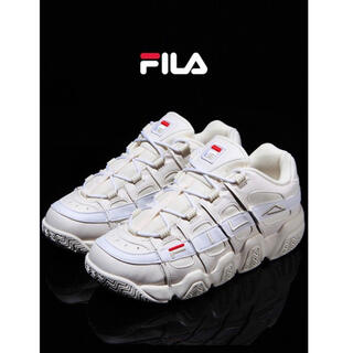 FILA - 【中古品❤︎美品】フィラ バリケード XT 97 LOW OWH スニーカー