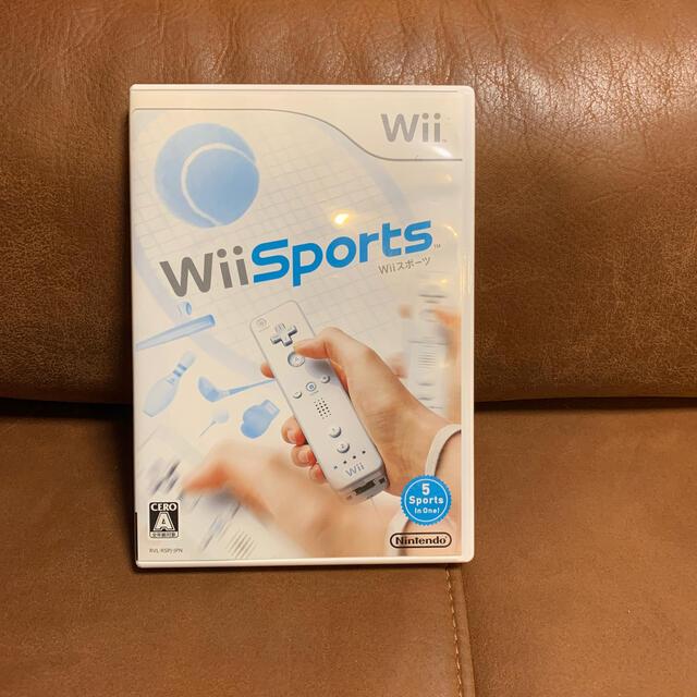 Wii(ウィー)のWiiスポーツ Wii エンタメ/ホビーのゲームソフト/ゲーム機本体(家庭用ゲームソフト)の商品写真