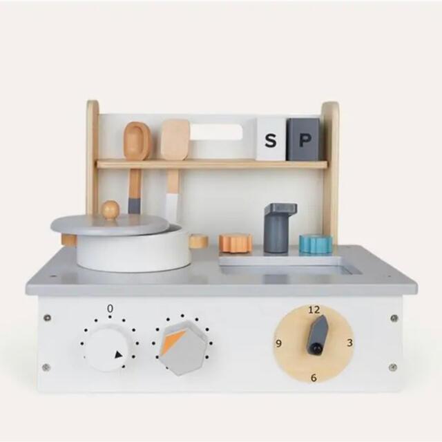 BorneLund(ボーネルンド)の北欧 木製おもちゃ ミニキッチンセット 新品 キッズ/ベビー/マタニティのおもちゃ(知育玩具)の商品写真