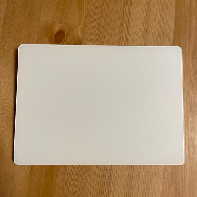Apple(アップル)のAPPLE MAGIC TRACKPAD 2 本体のみ スマホ/家電/カメラのPC/タブレット(PC周辺機器)の商品写真