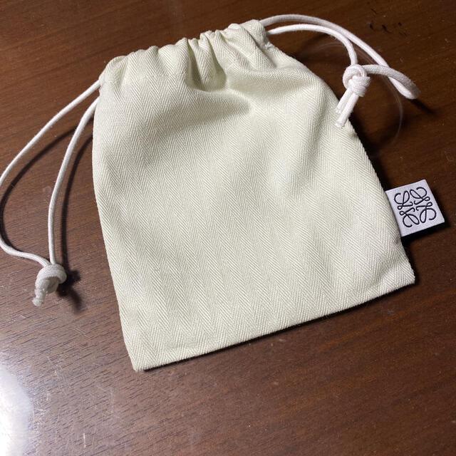 LOEWE(ロエベ)のloewe 巾着 レディースのファッション小物(ポーチ)の商品写真