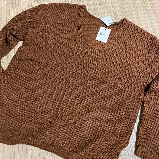 GRL(グレイル)のvネックサイドスリットニットトップス(GRL) レディースのトップス(ニット/セーター)の商品写真