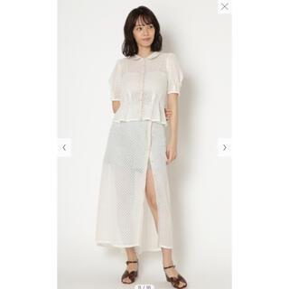 Lily Brown - 【ショートパンツ付きの透かしロングスカート】