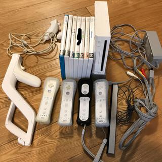 Wii - Nintendo Wii 本体とソフトのセット