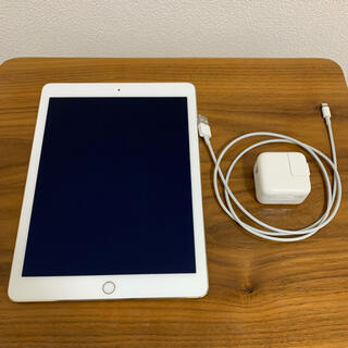 Apple - 【桜様専用】iPad Air 2 Wi-Fiモデル 64GB ゴールド