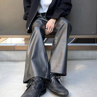 JOHN LAWRENCE SULLIVAN - レザー フレアパンツ ブーツカット スラックス パンツ ベルボトム レザーパンツ
