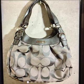 コーチ(COACH)の極美品 COACH コーチ オシャレでちょうどいいサイズのバッグです。(トートバッグ)