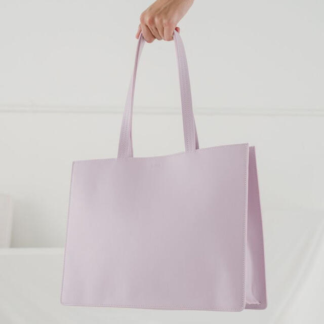 Ron Herman(ロンハーマン)の【海外限定・新品タグ付き】baggu バグゥ トートバッグ レザー レディースのバッグ(トートバッグ)の商品写真