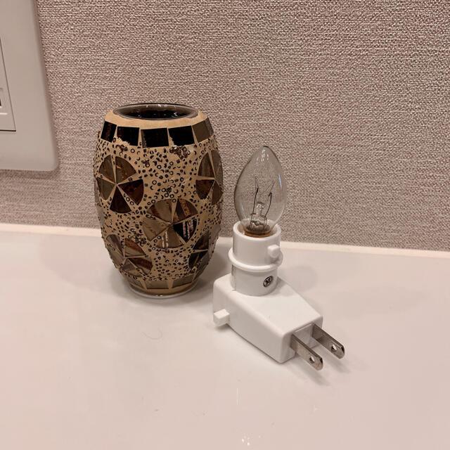 アンティーク風  アロマオイル用  コンセントライト☆*° コスメ/美容のリラクゼーション(アロマポット/アロマランプ/芳香器)の商品写真