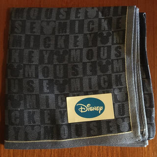 ディズニー(Disney)の【新品】ハンカチ ミッキー メンズ 紺 ネイビー 綿100%(ハンカチ/ポケットチーフ)