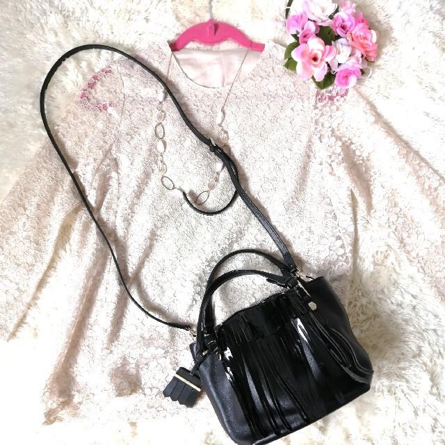 TOD'S(トッズ)の正規品♡ 極美品♡ トッズ TOD'S フラワー マイクロ フリンジ 320 レディースのバッグ(ショルダーバッグ)の商品写真