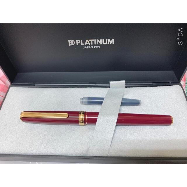 PLATINUM 万年筆  インテリア/住まい/日用品の文房具(ペン/マーカー)の商品写真