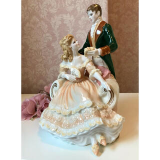 ロイヤルウースター(Royal Worcester)の〈500個限定品〉Royal Worcester レディフィギュリン 陶器人形 (置物)