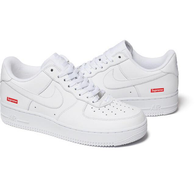 Supreme(シュプリーム)の早い者勝ち‼️評価280以上✨フォロワー230以上!間違いなく本物! メンズの靴/シューズ(スニーカー)の商品写真